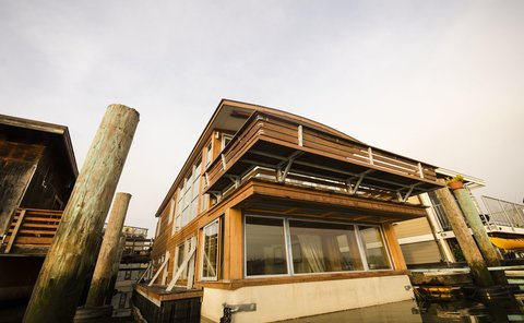 Sausalito Houseboat Featured on Discovery Channel