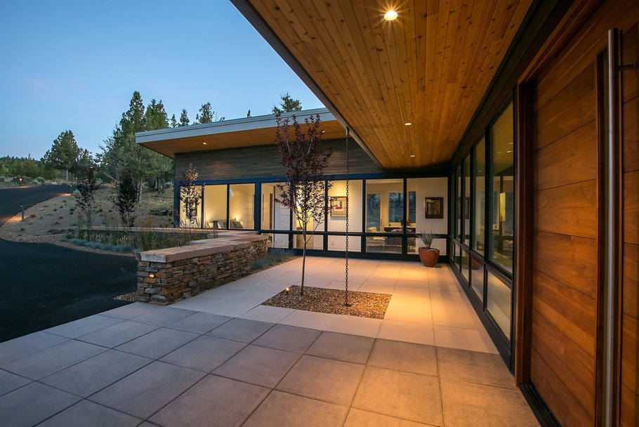 3600 square foot residence, 860 square foot garage